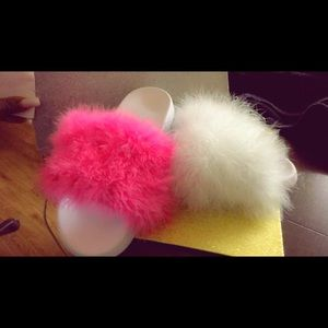 Shoes - Fur Slides